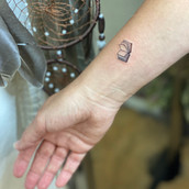 malé minimalnistické tetování praha tattoomija9.jpg