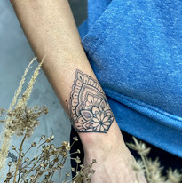 tattoomija praha mija tetovani mandala_5.jpg