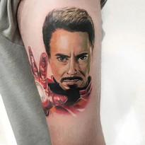 tattoomija_praha_tetovani_pink.ink_realistika_kresba (3).jpg
