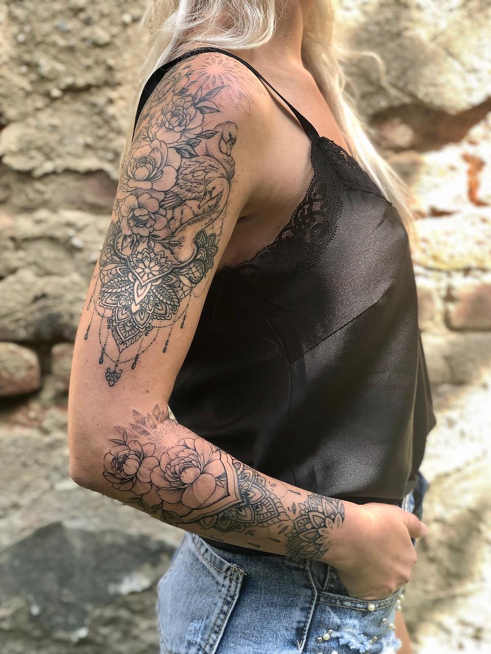 Mandalkový rukáv tetování