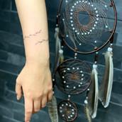 malé minimalnistické tetování praha tattoomija7.jpg