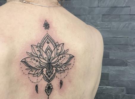 Péče o nové tetování a Bepanthen Plus – mazat nebo nemazat?