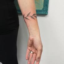tattoo mija praha niki kyticky a rostlinky tetovani (9).JPG