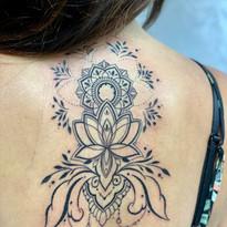 tattoomija praha mija tetovani geometrie_5.jpg