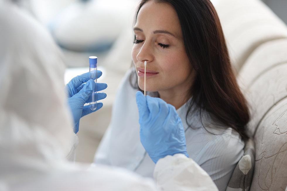 odber vzorku testovani COVID 19 COROTEST (professional sampling) Labmediaservis