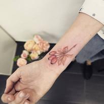 tattoo mija praha niki kyticky a rostlinky tetovani (10).JPG