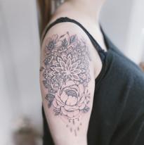 tattoomija praha nika chic kvetiny (8).JPG