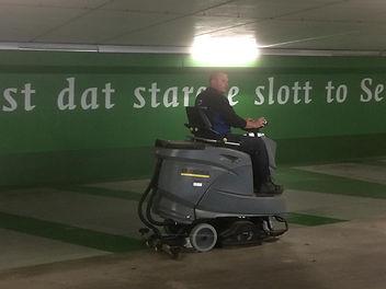 Parkeergarage Schrobben/zuigen