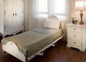 roseville-bedroom (2).jpg