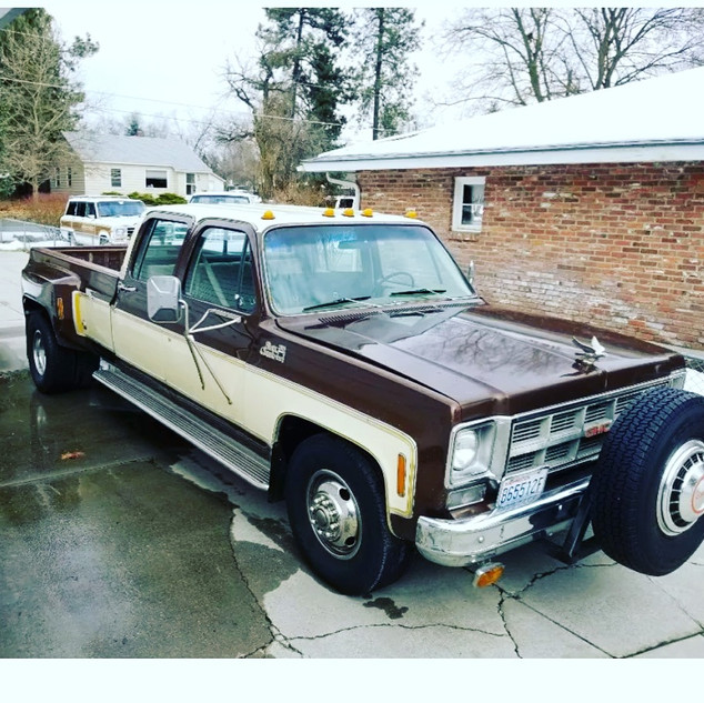 1977 C30 Dually
