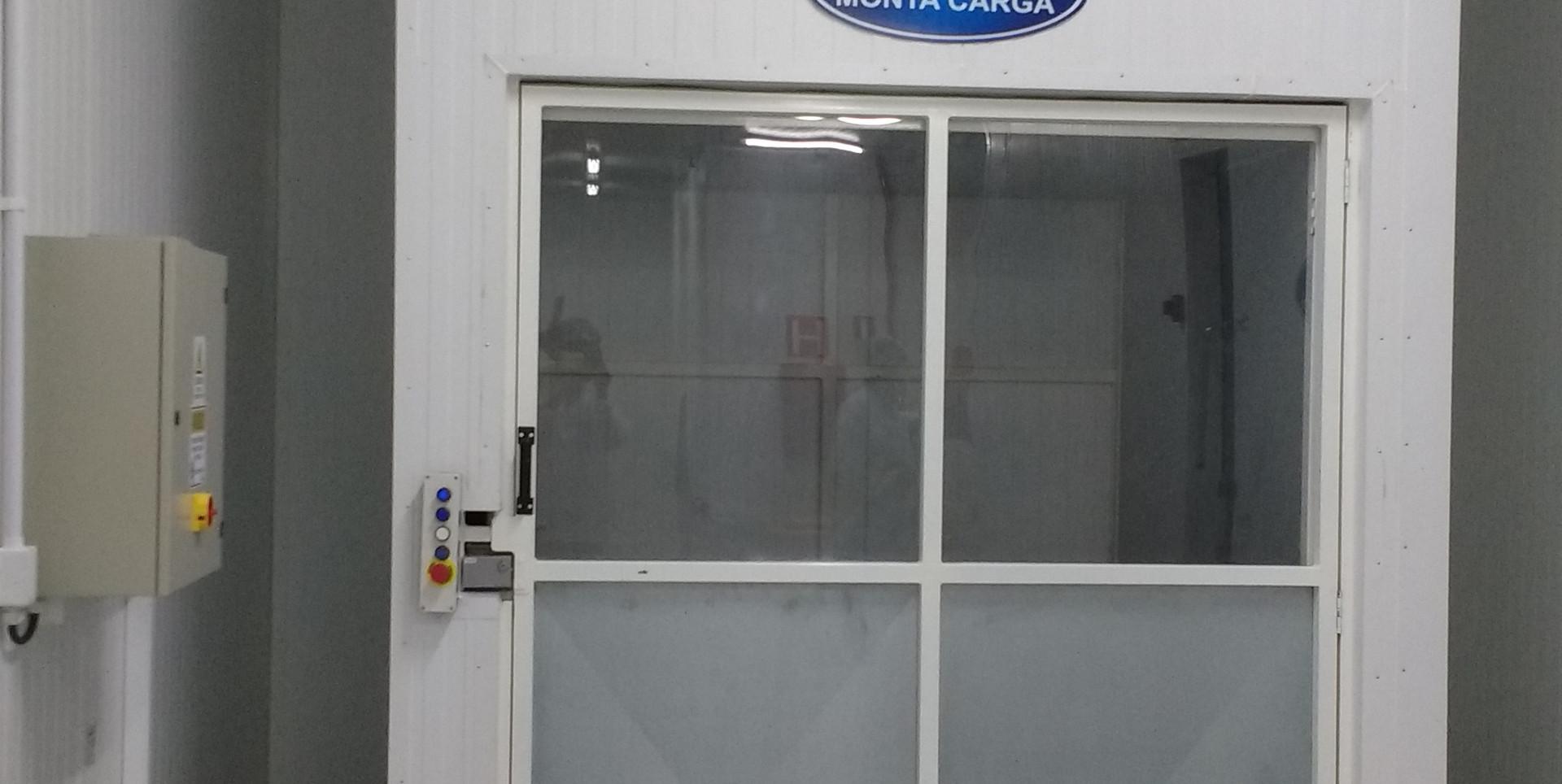 Elevador de carga (9).jpg