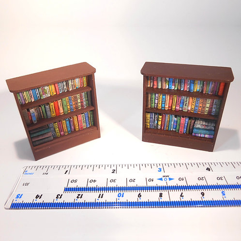 24th Scale Short Bookcase