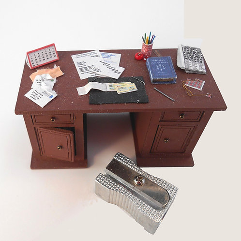 24th Scale Dressed Desk