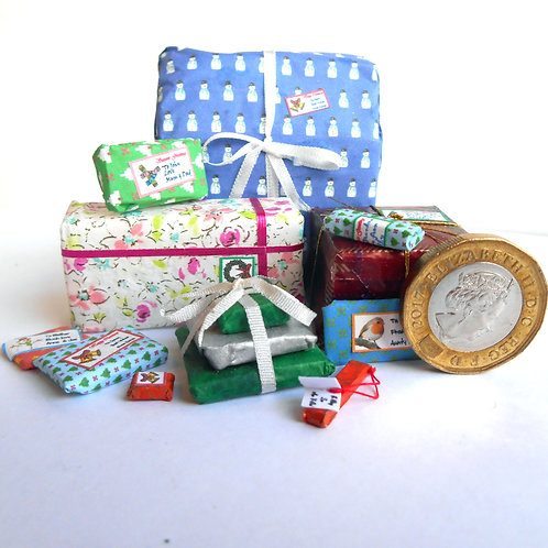 12th Scale Christmas Presents Set of 6