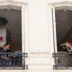 Pierre  balcon.JPG