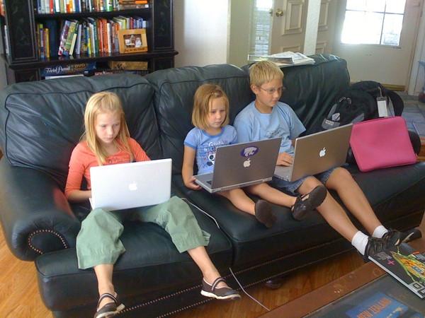 computadores en la infancia.jpg