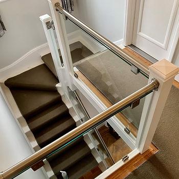 SS Handrail Staircase Landing.jpg