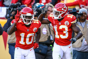 Kansas City Chiefs wide receivers Tyreek Hill (10) and De'Anthony Thomas (13)