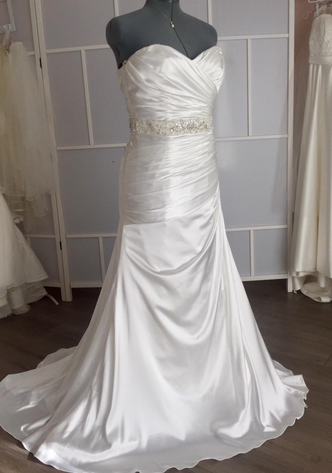robe de mariée satinée #653-04 gr:14
