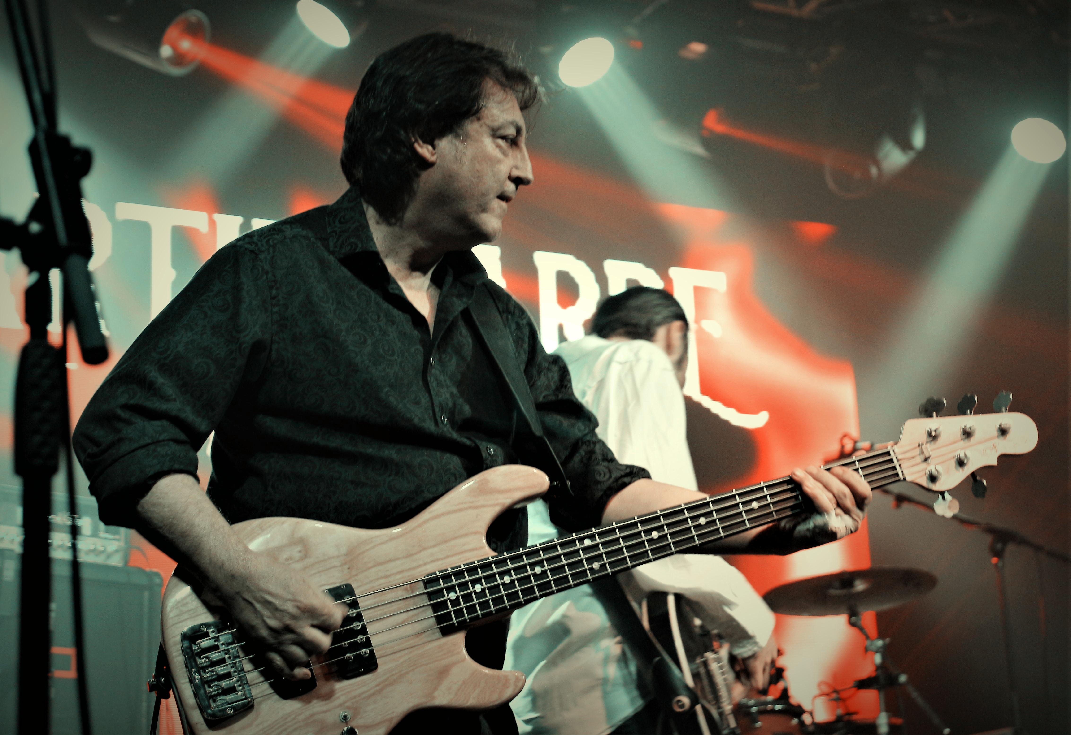 Martin Barre Band - HRH Prog VII (4)