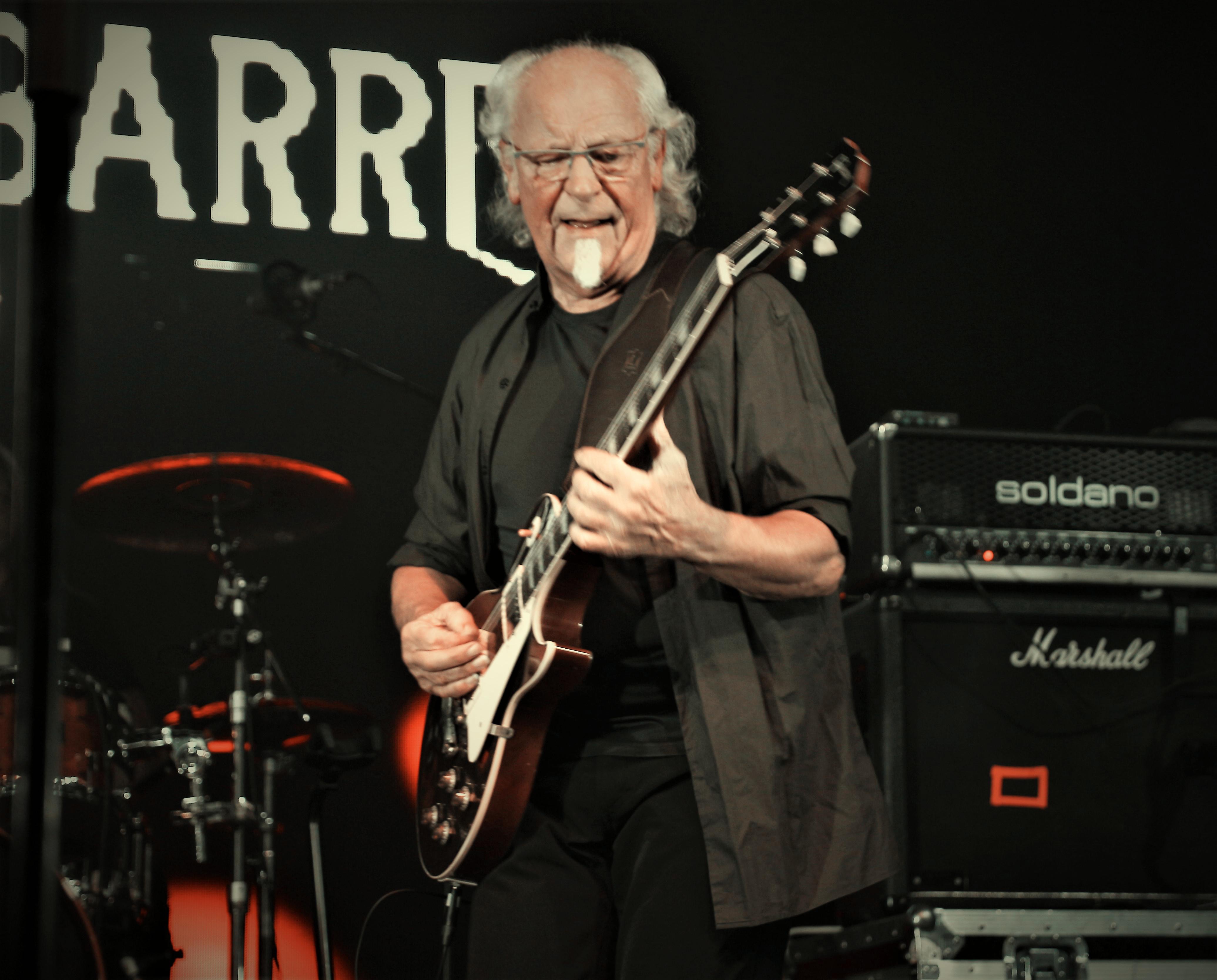 Martin Barre Band - HRH Prog VII (6)