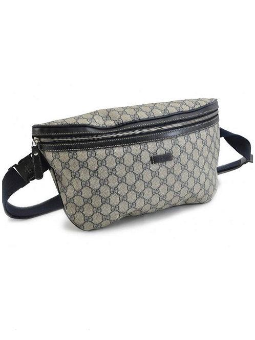 GUCCI Pochete GG Supreme Canvas Bum Bag