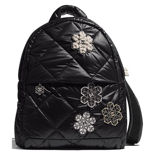 Chanel mochila Coco Neige Camellia Mixed Fibers Lambskin Backpack  Style