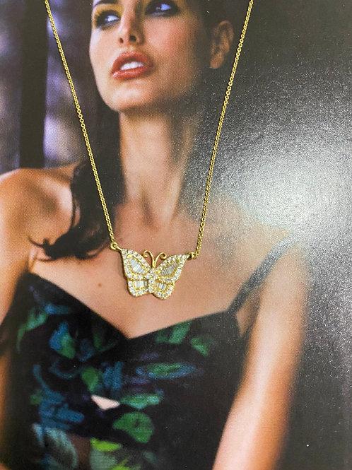 Colar em ouro amarelo, borboleta em brilhantes 41 cms corrente , ( 1,5 x 1,1 bor