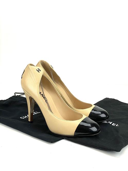 chanel lambskin escarpins cap toe pumps 38 beige black