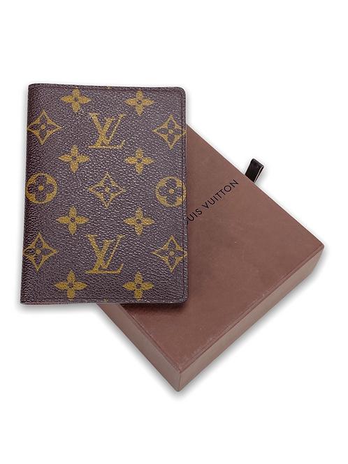 LV Porta Passaporte Monogram