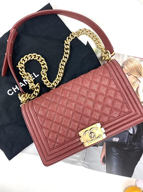 Chanel Boy média