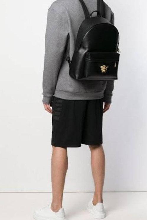Versace Em couro saffiano com card e Dust bag, NOVÍSSIMA  4.990 em 12 sem juros