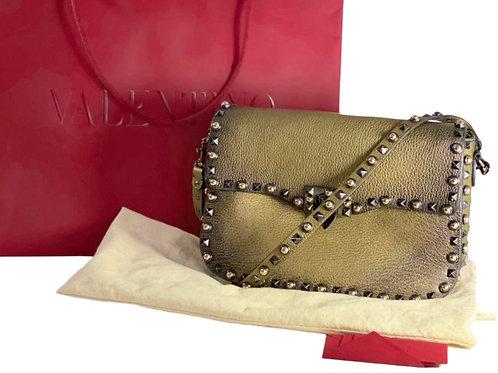 Valentino DE BABAR com Dust bag, card e sacola 26 x 18 x 6 ❤️❤️❤️ • 7.290 em 12