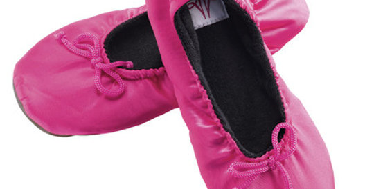 Slippers, fuchsia, magnetic accessories for arthritis and pain relief Australia