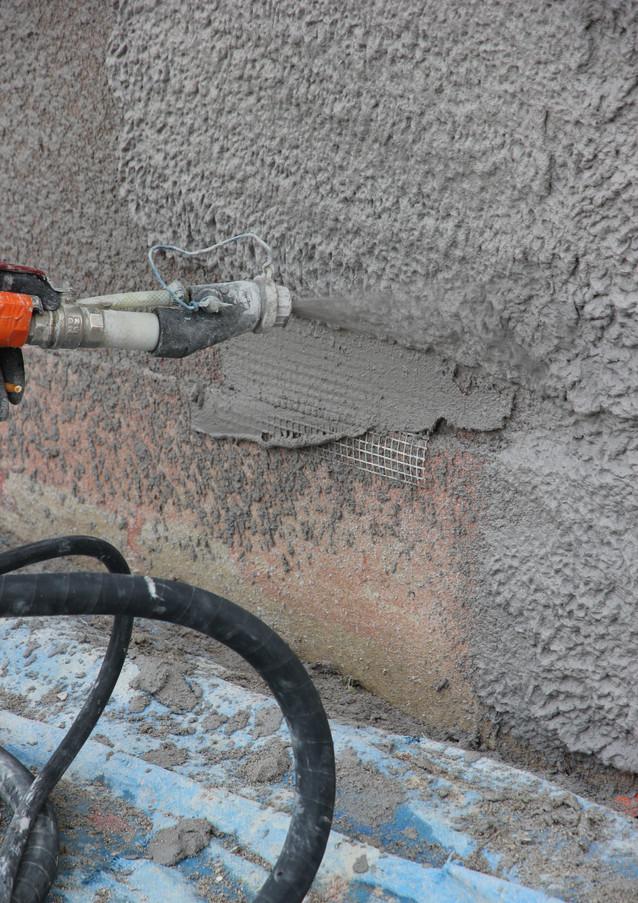 Vous recherchez un façadier ravaleur enduiseur à Valence (26000) pour vos travaux de réfection de façade ?