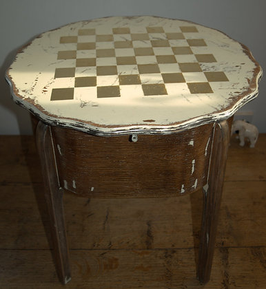 Chess trunk/table