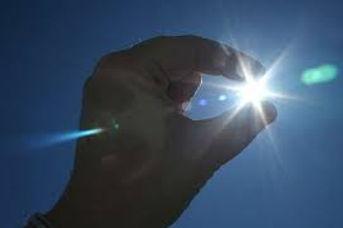 le soleil dans les doigts.jpg