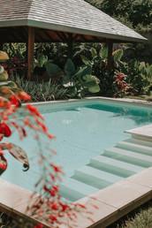 Installation of M&E on Desjoyaux pool