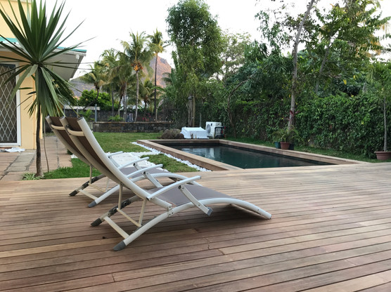 Construction of concrete pool & timber decking