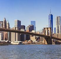 Ciudad con puente