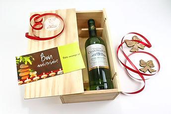 Coffret cadeaux avec carte de voeux personnalisée