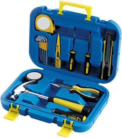 Набор инструментов в пластиковом кейсе STINGER NST028016