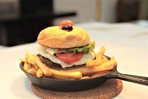 Pacifica Club Burger