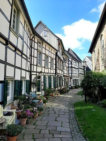 Das Bild zeigt den Kirchplatz in Hattingen