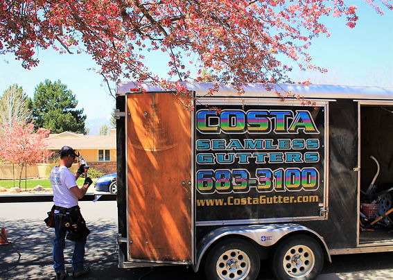 Costa Seamless Gutter Service.JPG