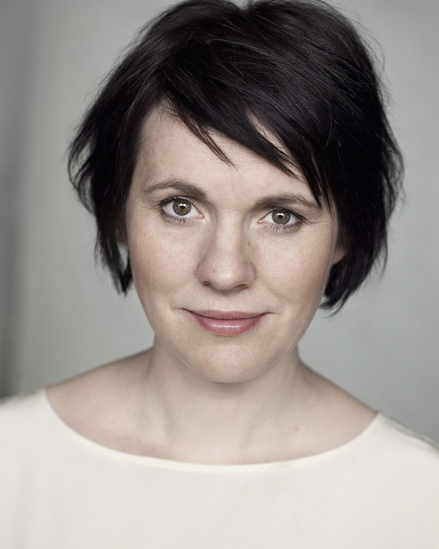 Hannah Young - Actor Mama