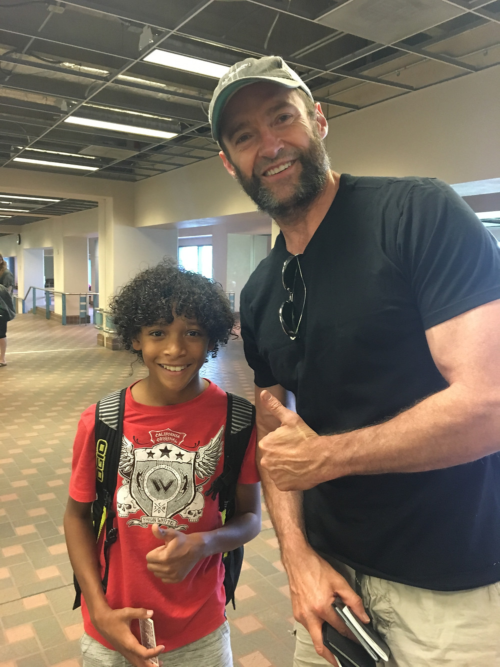 On one of the journeys home, Jackman spotted Chase in the airport!!