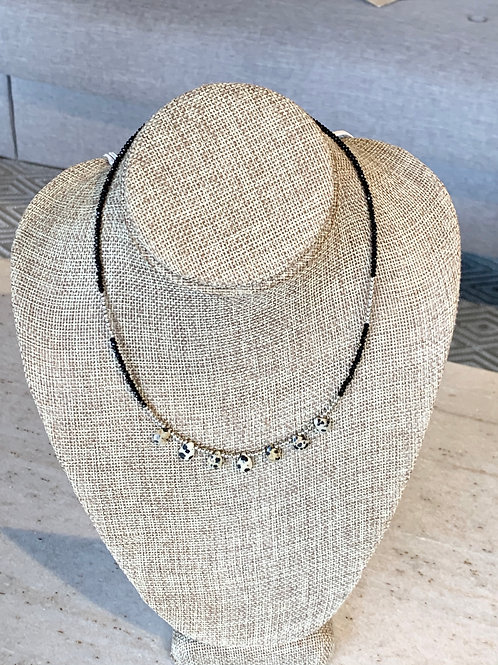 BLACK BEADED NECKLACE 20 IN