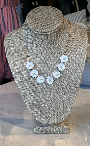 FLORAL NECKLACE 22 IN