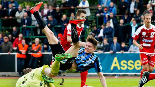 Fotboll Sirius - Degerfors, UNT 2016.